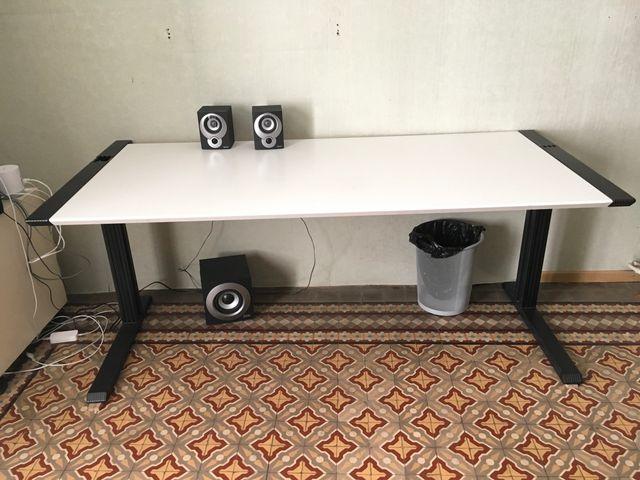 Mesa despacho diseño italiano. de segunda mano por 50 € en ...