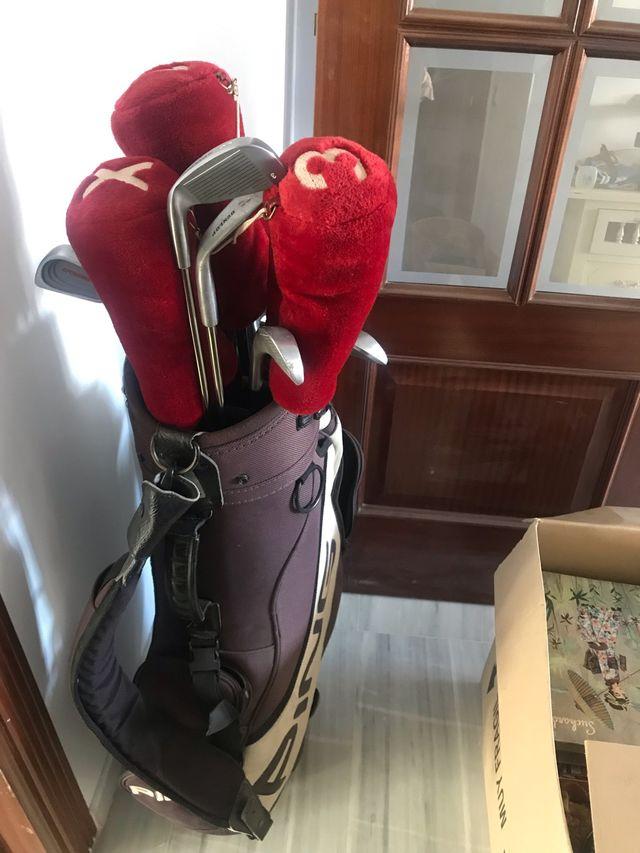 Palos golf y funda nuevos