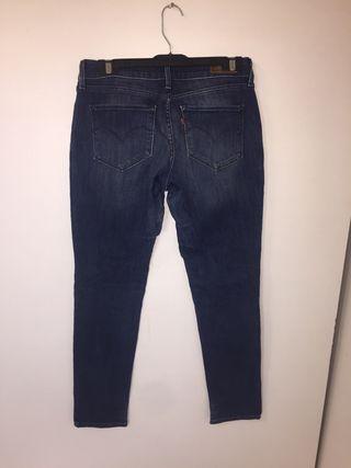 Levis Mujer W29 L32 pantalón