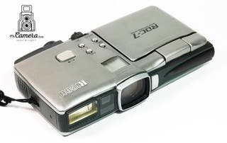 Rara camara digital Ricoh RD7