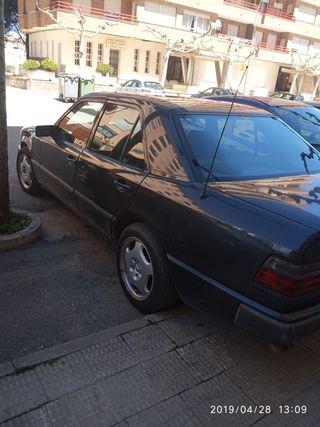 Mercedes-Benz 300d 1985