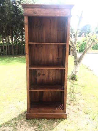 Libreria de teka antigua