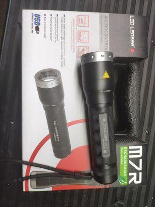 Nueva led Lenser recargable m7r