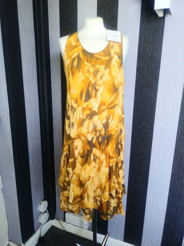 Sleeveless floral frill hem cami dress