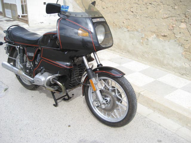 Moto BMW R100T carenado RS