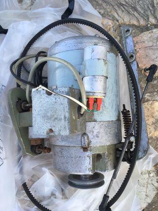 Motor máquina de coser industrial ADLER
