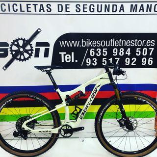 Bicicleta Berria mako 8.1 nueva 2019 marfil-negro