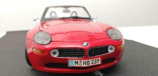 BMW Z8 escala 1:18 de MAISTO