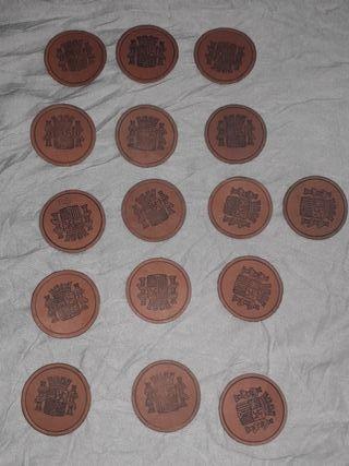Lote de 16 monedas de carton/ sellos