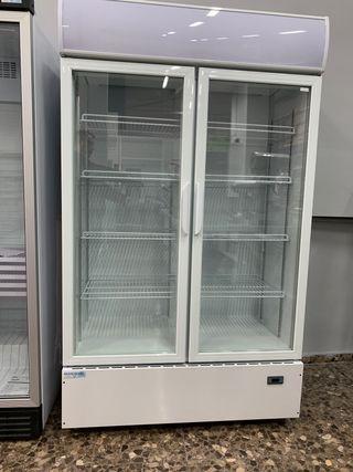 Armario frigorífico expositor en OFERTA