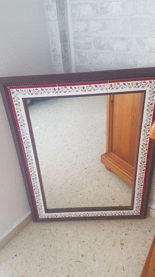 Espejo de Baño con complementos