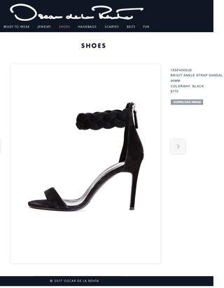 Oscar De La Renta black sandals 36