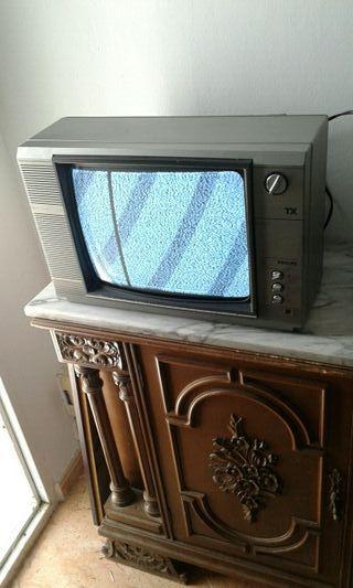 TV Vintage Funcionando