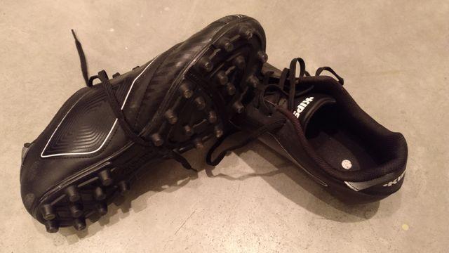 botas de fútbol KIPSTA NUEVAS n43