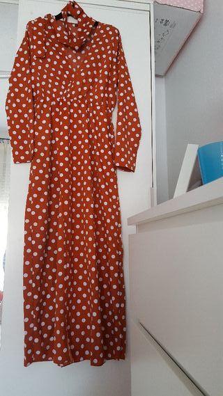 vestido lunares marrón