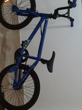 Bicicleta seminueva BMX