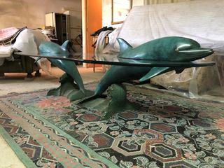 ESPECTACULAR mesa de cristal, delfines de bronce