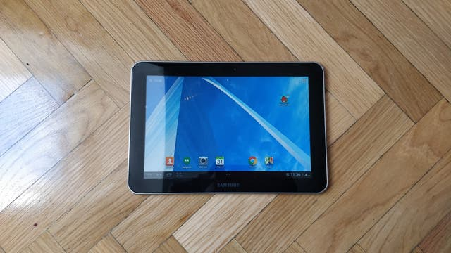 """Tablet 8.9"""" Samsung con 4G. Android 4.0"""