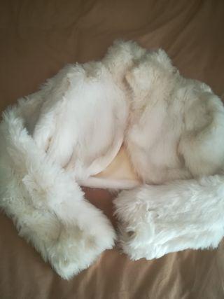 Chaqueta de pelo blanca