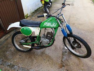 se vende moto para piezas o restaurar