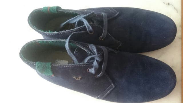 Zapato de hombre talla 44. Marca WORKERS.