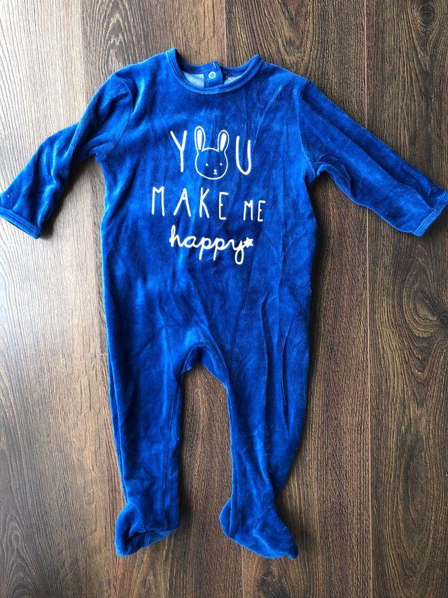 c870968e6 Pijama de felpa bebé NUEVO