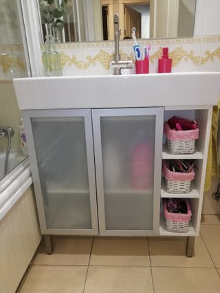 Mueble De Baño Y Armario Ikea