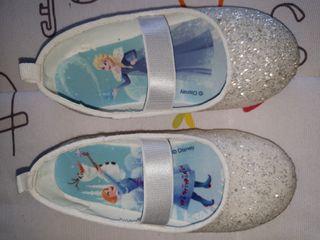 Bailarina o zapatillas niña Frozen, Elsa y Anna