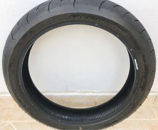 Neumático delantero moto