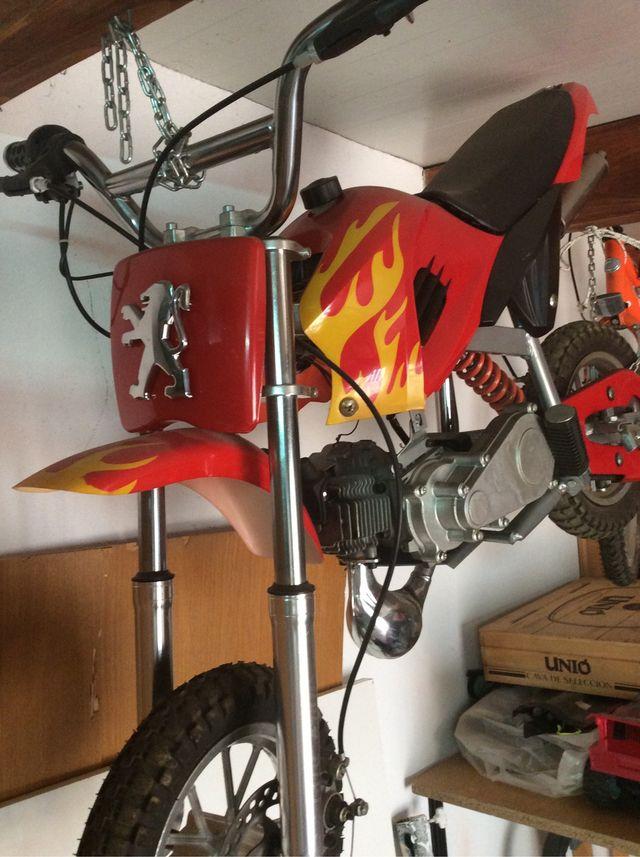 Moto infantil gasolina, 25cc