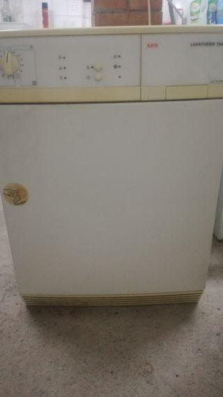 secadora AEG