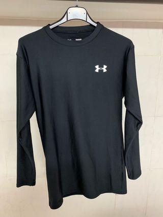 Camiseta térmica under armour más regalo
