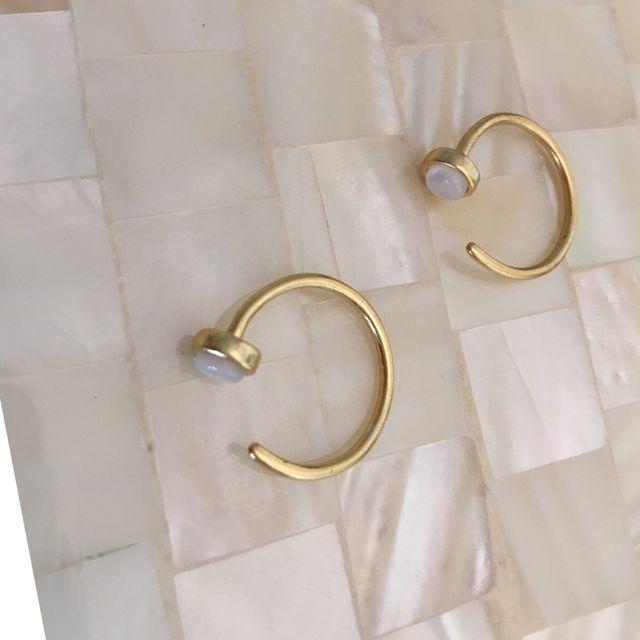 Pendientes de plata chapado oro y ópalo