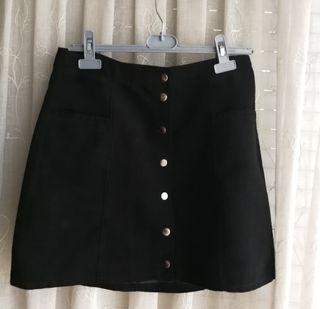 86c715fe78 Falda negra botones de segunda mano en la provincia de Madrid en ...
