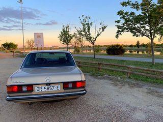 Mercedes-Benz 300D 1980