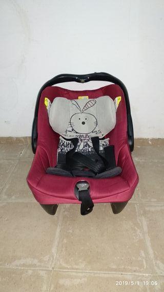 Cuco, capazo y silleta con sombrilla