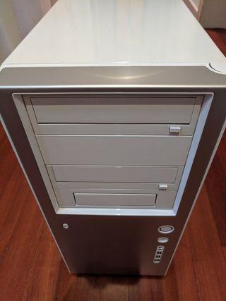 Caja ordenador Antec P150 EC