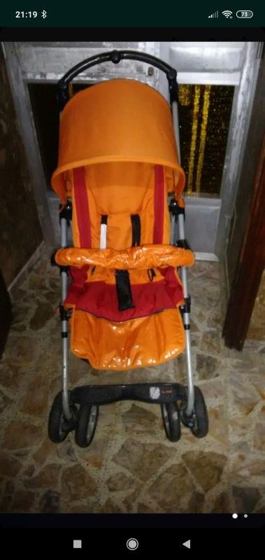 silla de paseo muy cómoda facil