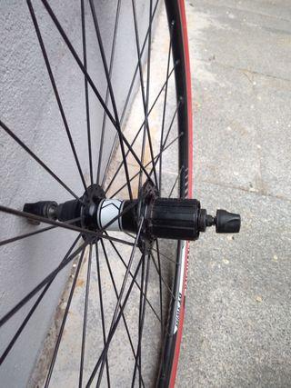 Ruedas bicicletas carretera