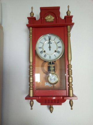 Reloj de paré