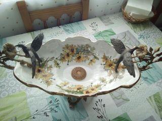 Fuente decorado de bronce