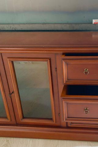 Mueble de cerezo macizo