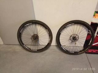 ruedas MTB ...pasante delantera.15×100 qr9 trasera
