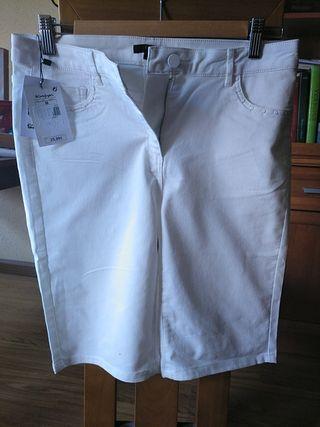 pantalón pirata blanco nuevo elogy talla M