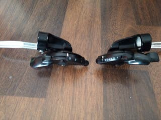Conjunto Shimano manetas + selectores. Bicicleta