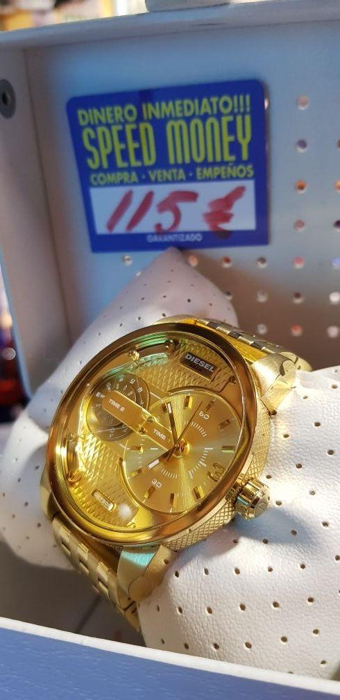4c4829728baa Reloj DIESEL de segunda mano por 115 € en Torrevieja en WALLAPOP