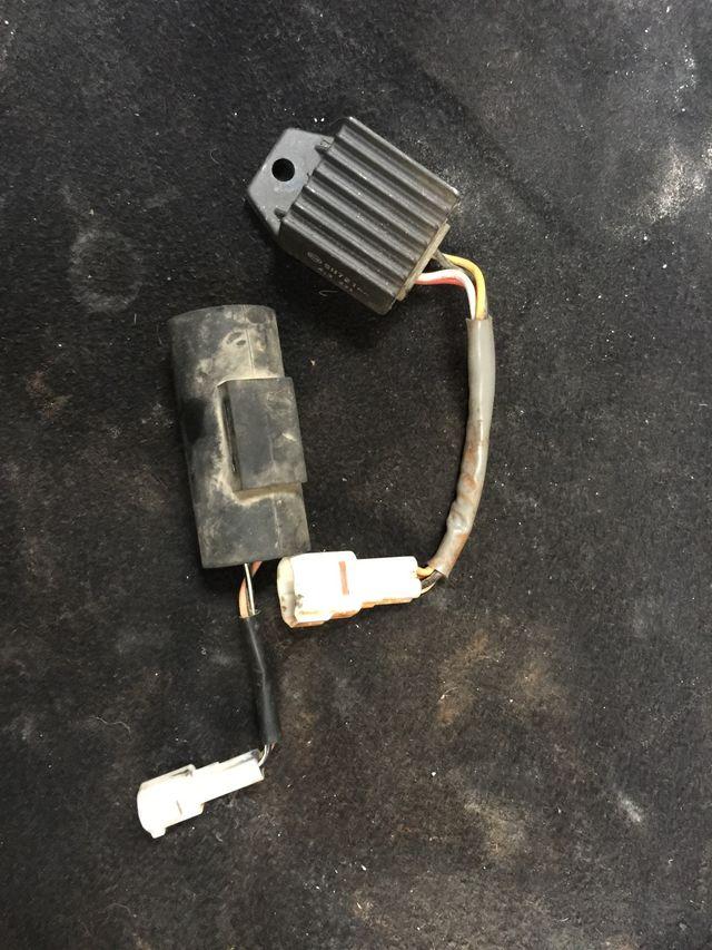 Regulador y condensador ktm exc 250cc 2005-2006