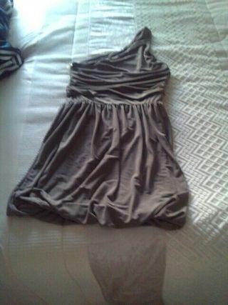 vestido drapeado