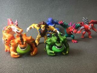 Muñecos monstruos