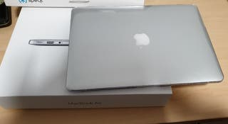 Macbook air 13 seminuevo